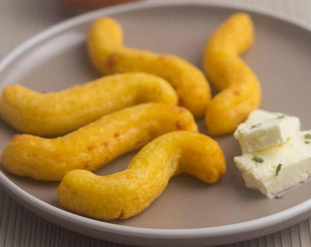 Panamanian Almojábano Recipe