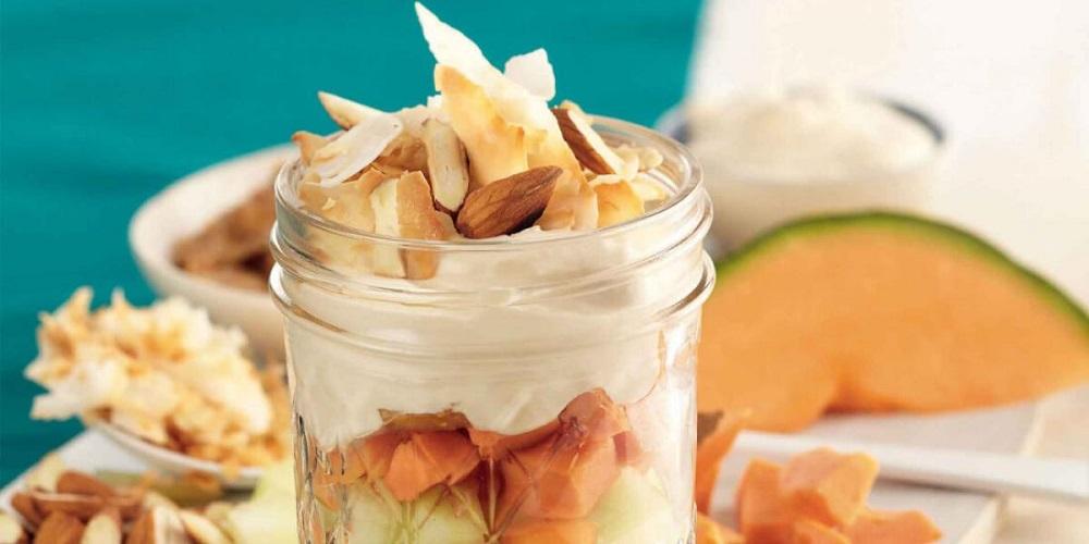 Tarritos de Frutas con Crema de Almendras (en Cocina) - Recetas Nestlé
