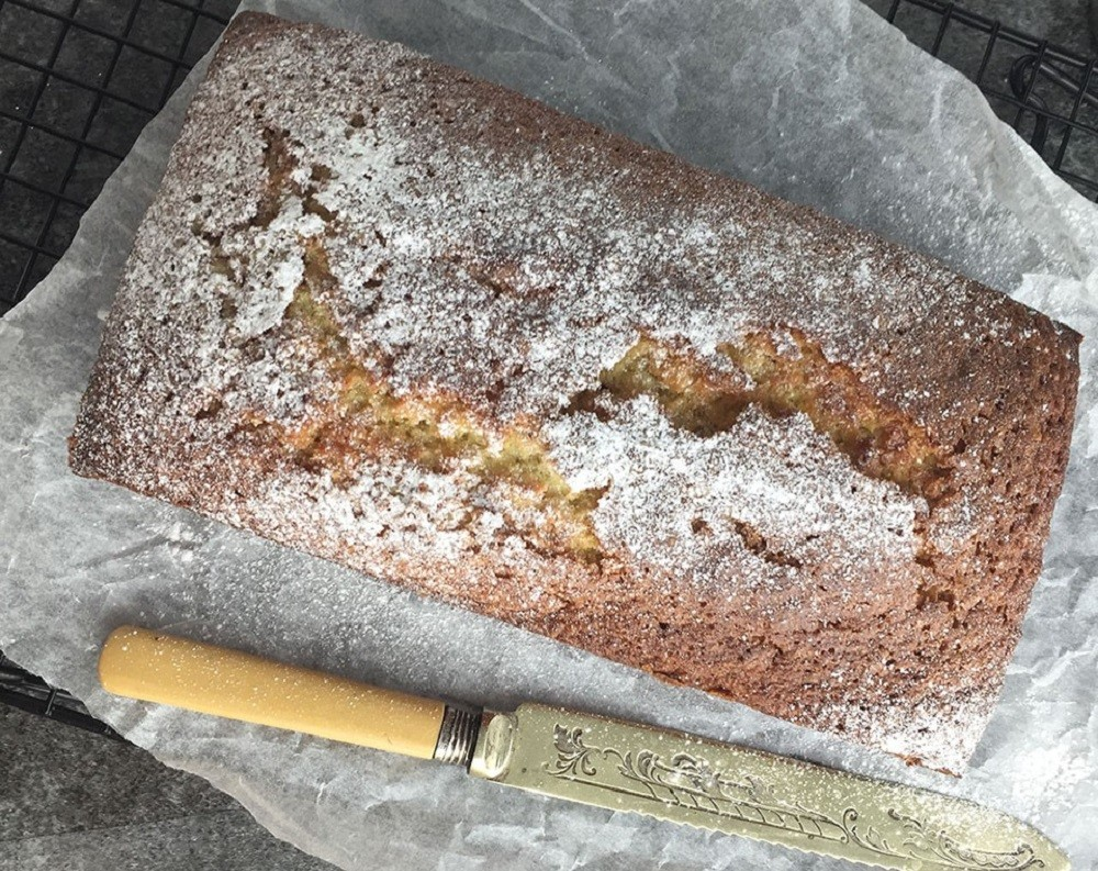 Almond Bizcocho (Almond and Orange Loaf Cake) - Recipes Made Easy