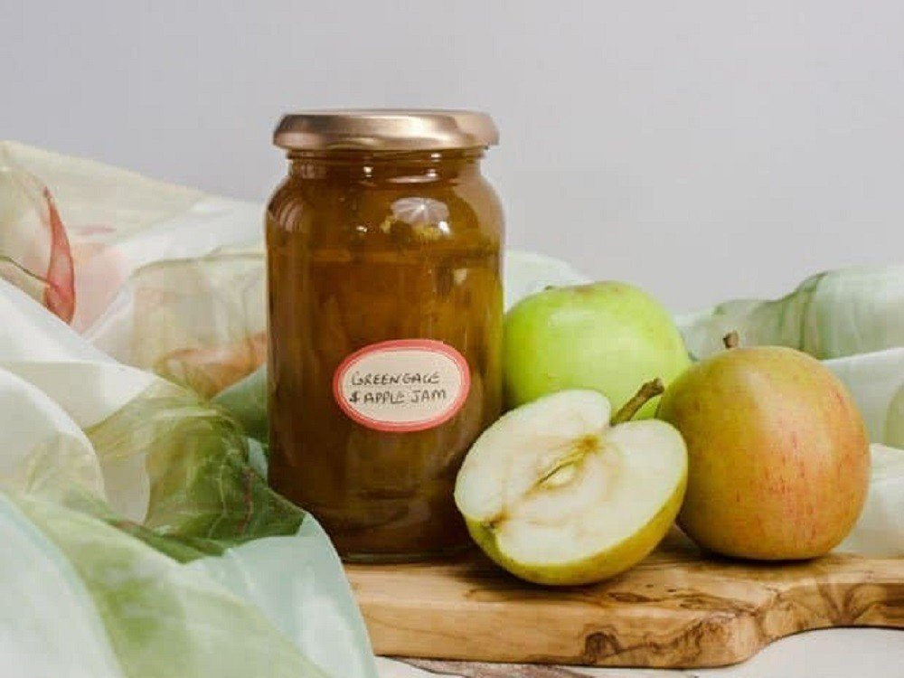 Apricot and Apple Chutney by Farmers Girl Kitchen