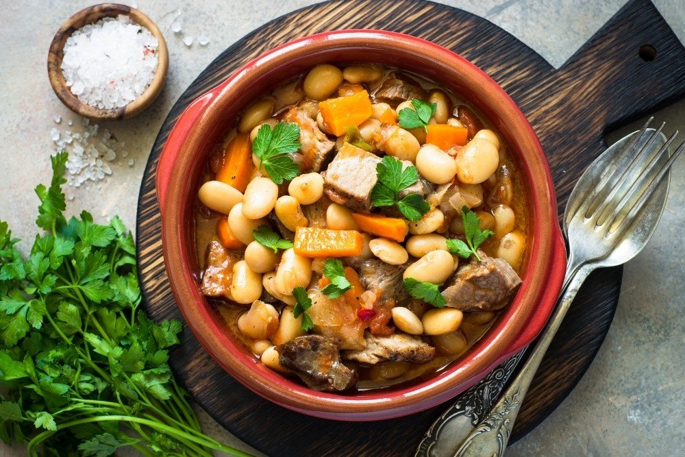 Guiso de Jamon y Frijoles Blancos (Ham & White Bean) by The Spruce Eats