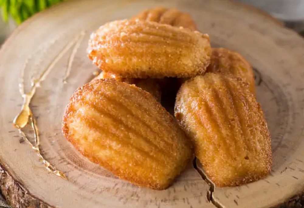 Maple Madeleine Cookies