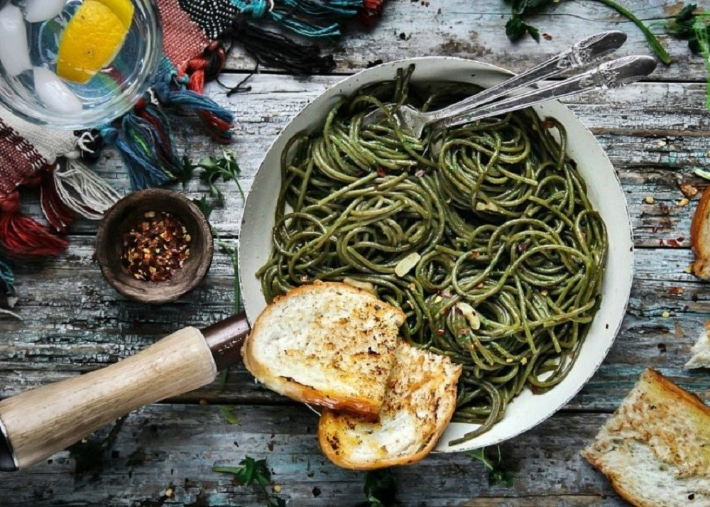 Olive Oil-Garlic Supergreens Spaghetti (By Sandra's Easy Cooking)