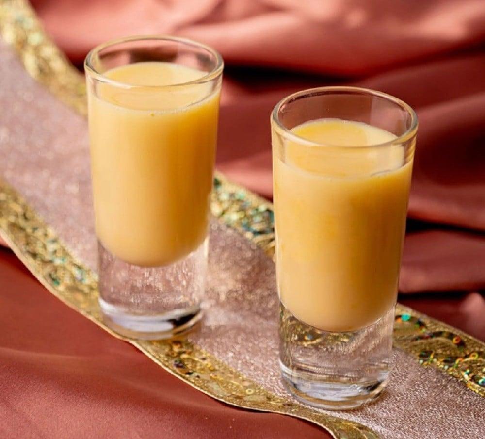 Ponche De Ron (Rum Eggnog)
