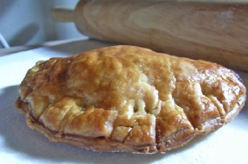 Truffle Butter Leeks & Chicken Empanadas by Spoonacular
